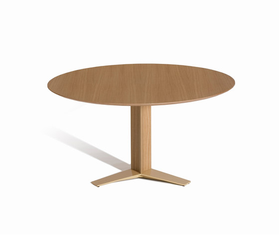 Tri-Star D by Capdell | Dining tables