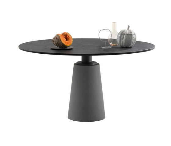 Mesa by Poltrona Frau | Dining tables