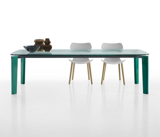 Oskar by B&B Italia | Dining tables