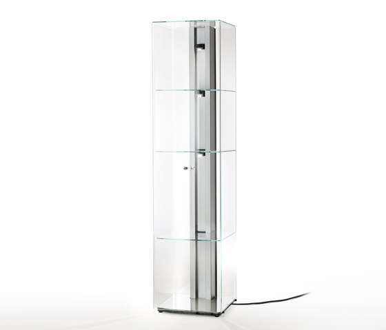 Solo by Glas Italia | Display cabinets