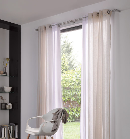vorhangstangen garnituren vs 20 140ed vorhangstangen von phos design architonic. Black Bedroom Furniture Sets. Home Design Ideas