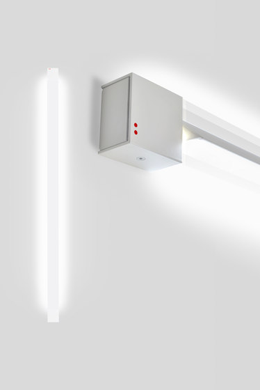 Pivot F39 G03 01 di Fabbian | Lampade parete