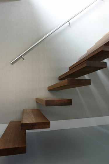 Floating Stairs Wood TRE-513 by EeStairs   Staircase systems