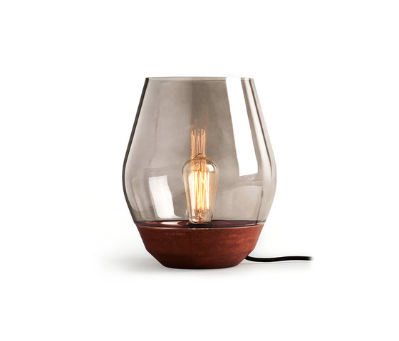 Bowl Table Lamp Raw Copper w. Light Smoked Glass by NEW WORKS | Table lights