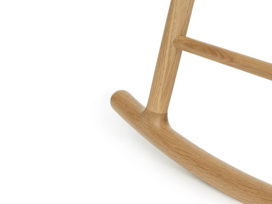 Form Rocking Chair de Normann Copenhagen | Sillas