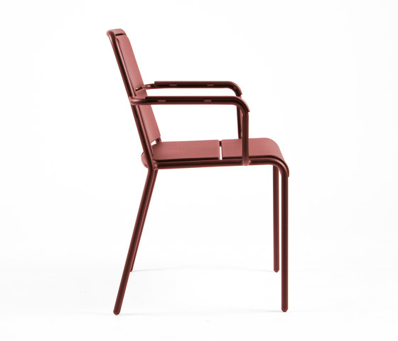 CP9102 Armchair by Maiori Design | Garden chairs