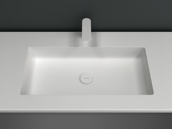 H5 Solidsurface® Washbasin Countertop de Inbani | Lavabos mueble