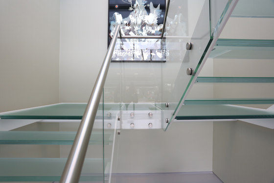 Straight Stairs Glass TRE-609 by EeStairs | Staircase systems