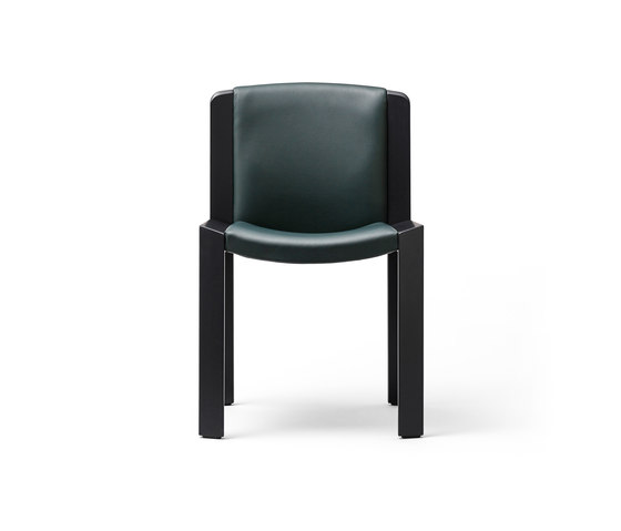 300 black / copenhagen green leather by Karakter Copenhagen | Chairs