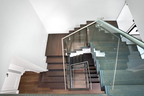 Straight Stairs Wood TRE-999 de EeStairs | Sistemas de escalera