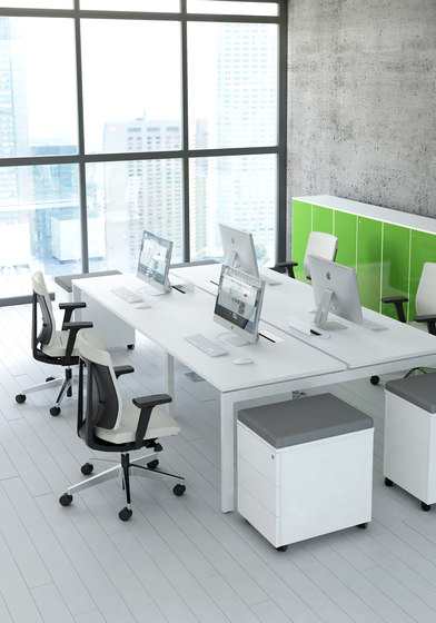 Ogi U by MDD | Desking systems