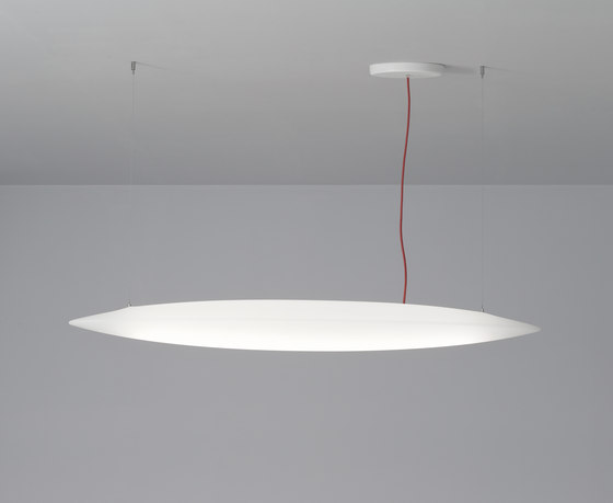 Sharp Pro suspension by Aqlus | Suspended lights