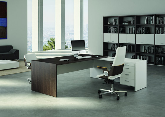 T45 executive desks by quadrifoglio office furniture for Best home office furniture
