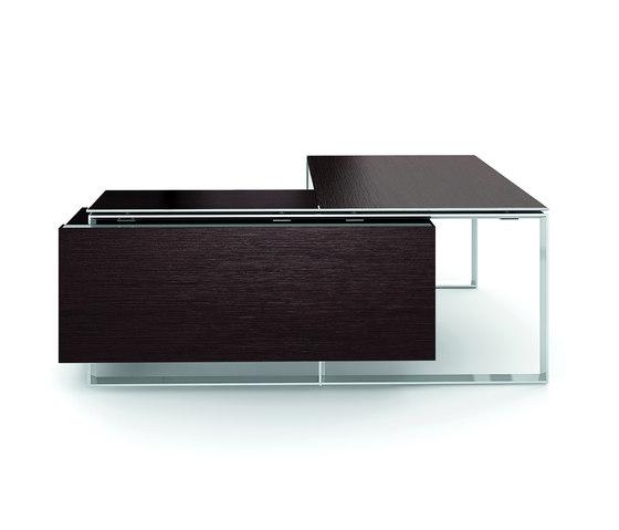 X7 by Quadrifoglio Group | Desks