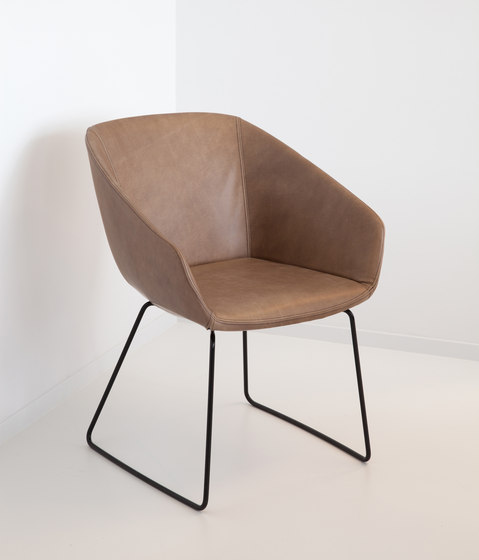 Ahrend Hesta by Ahrend | Chairs