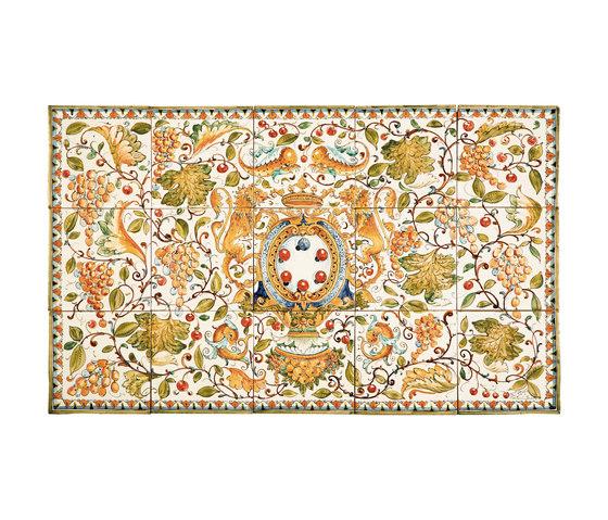 "Decorated Panel ""Cafaggiolo"" de Officine Gullo | Carrelage céramique"