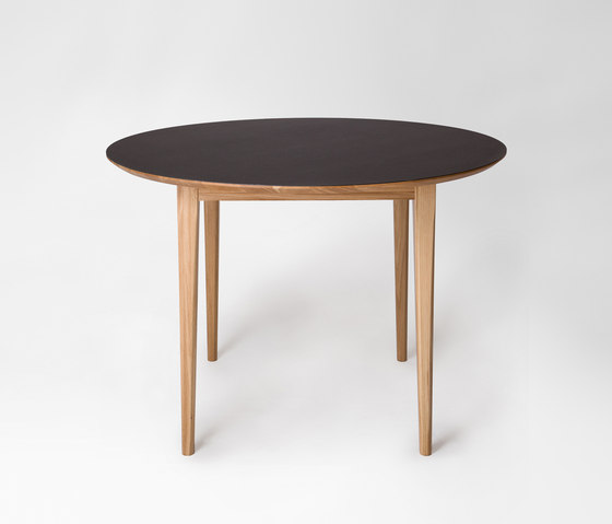 Market | round table de Petite Friture | Mesas para restaurantes