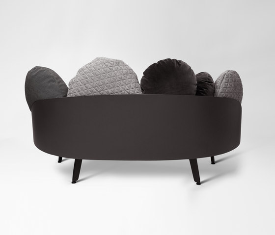 nubilo sofa lounge sofas from petite friture architonic. Black Bedroom Furniture Sets. Home Design Ideas