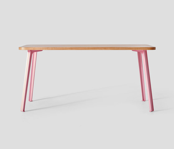 Canteen Table Oak de VG&P | Tables de repas