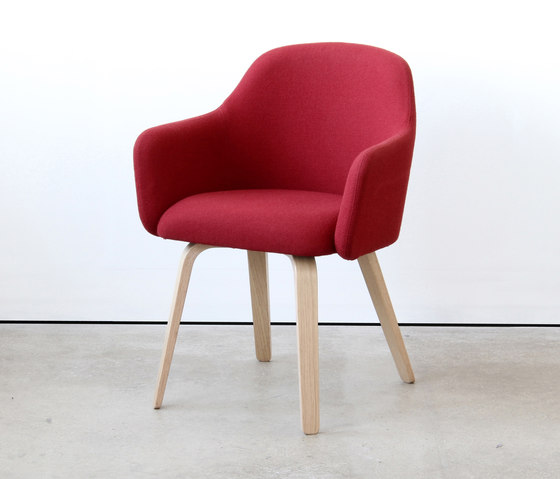 MT Club Chair Ply by VG&P | Chairs
