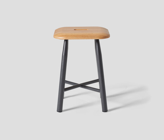 VG&P Low Stool de VG&P | Tabourets
