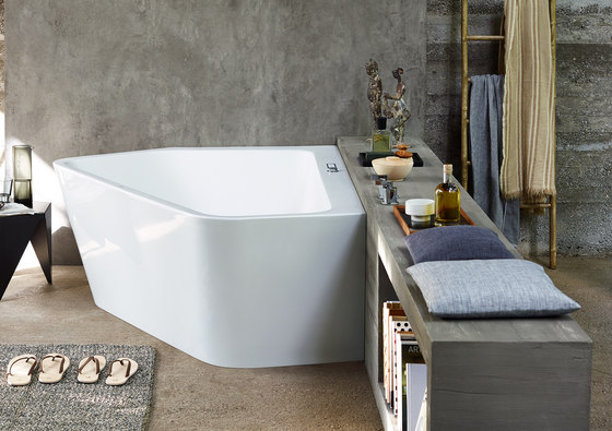 Paiova 5 - Whirlpool by DURAVIT | Bathtubs