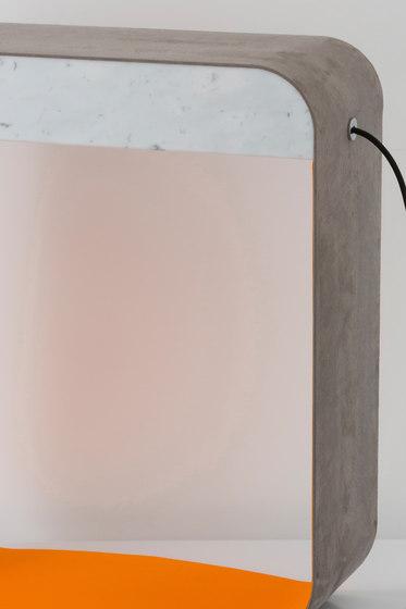 Eau de lumière Floor lamp Large Square by designheure | Floor lights