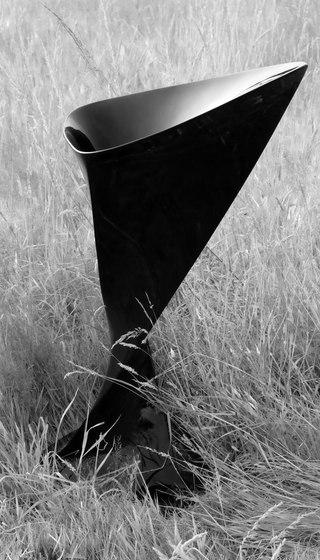 Flowerpot big by llll | Vases