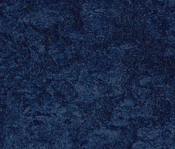 Marmoleum Real deep ocean di Forbo Flooring | Pavimenti linoleum