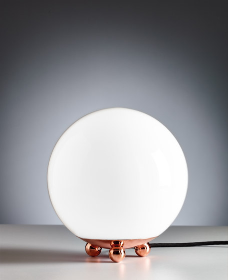 AD32 Art Déco Table lamp by Tecnolumen | Table lights