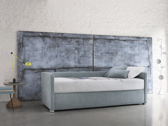 Biss sleeper by Flou | Sofa beds