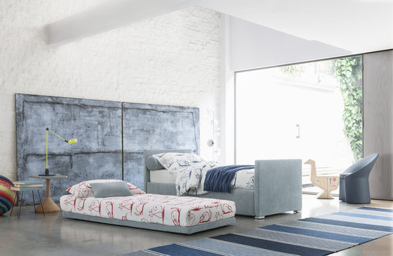 Biss sleeper by Flou | Sofas