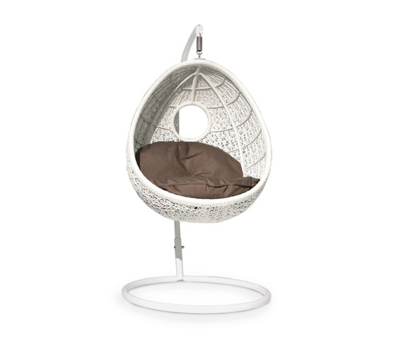 Altea nest suspended by Varaschin | Swings