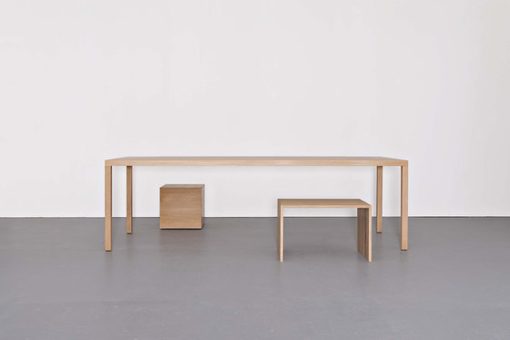DINANULL table by Sanktjohanser | Dining tables