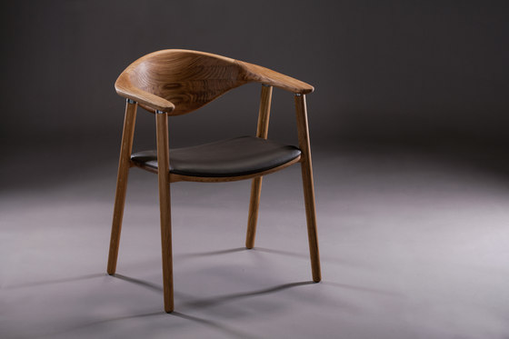 Naru Chair by Artisan | Visitors chairs / Side chairs
