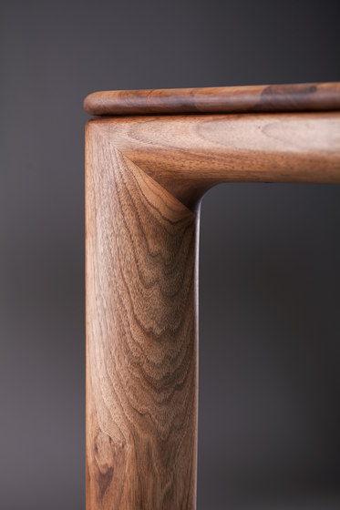 Neva Table by Artisan | Dining tables