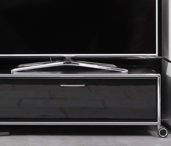 TV-Trolley by Dauphin Home | Multimedia trolleys
