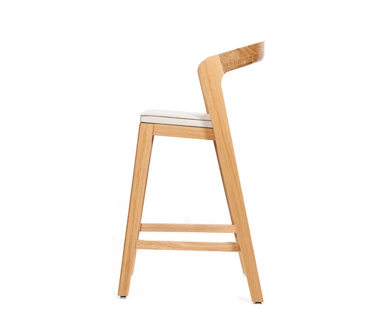 Play Barstool Low – Oak Natural Stained with ivory calf leather cushion by Wildspirit | Chairs