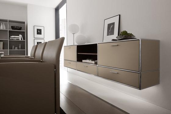 Wall-mounted sideboard di Dauphin Home | Scaffali