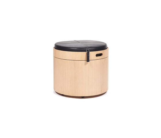 Stoll 50 – Oak Natural with black calf leather cushion by Wildspirit | Storage boxes