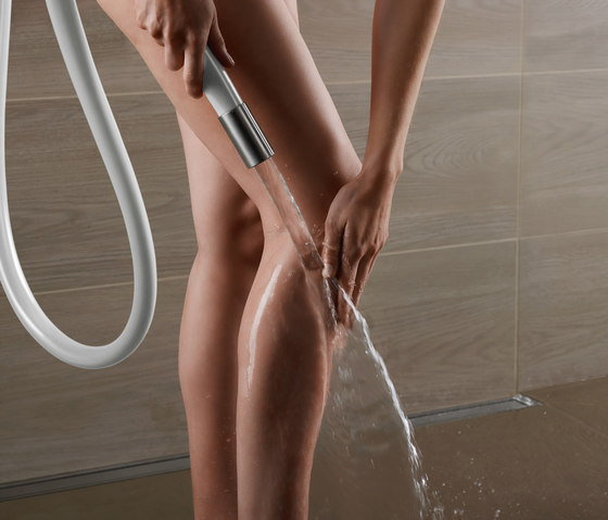 070W Kneipp Hose by VOLA | Shower controls