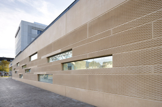 Architectural precast cladding by Hering Architectural Concrete | Exposed concrete