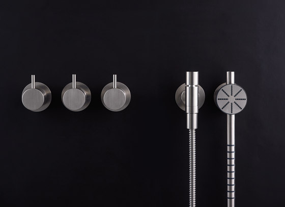 T60 hand shower by VOLA | Shower controls