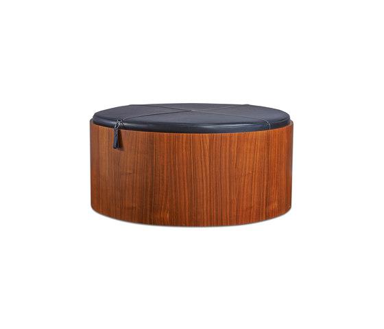 Stoll 90 – Walnut Stained with black calf leather cushion von Wildspirit   Behälter / Boxen
