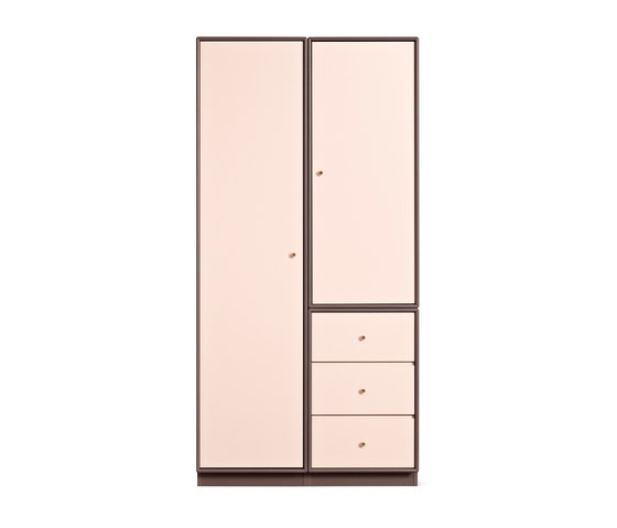 Montana Shelving System | Composition example by Montana Furniture | Cabinets