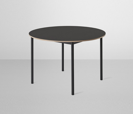 Base Table | round by Muuto | Cafeteria tables