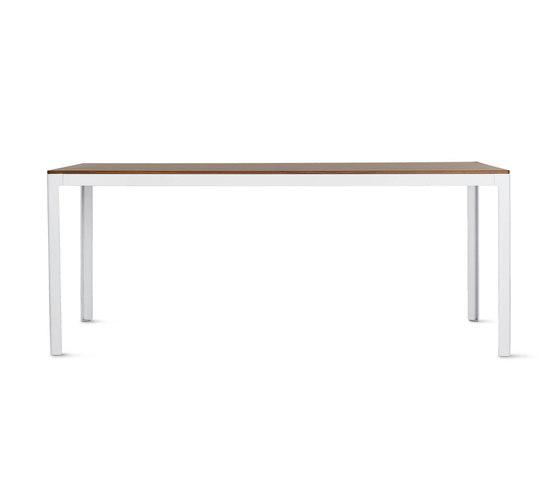 Min Table, Large – Wood Top von Design Within Reach | Esstische
