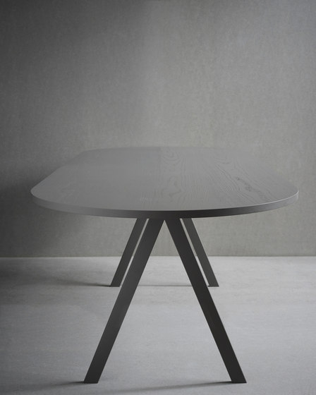 Saw Table wood rounded by Friends & Founders | Dining tables