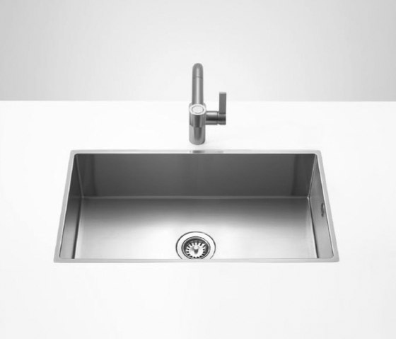 Kitchen sinks in brushed stainless-steel - Single sink by Dornbracht | Kitchen sinks