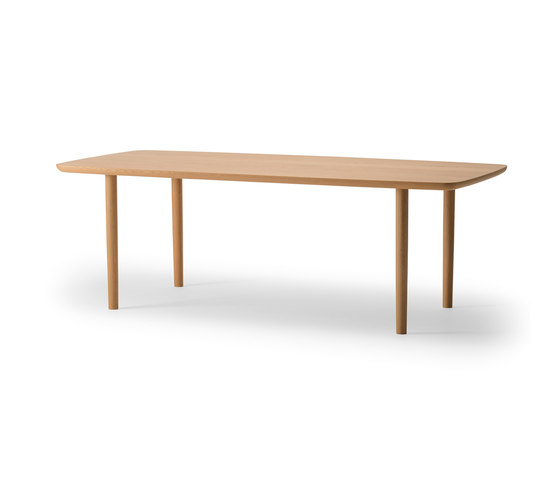 Kamuy Table by Conde House Co., Ltd Japan | Dining tables